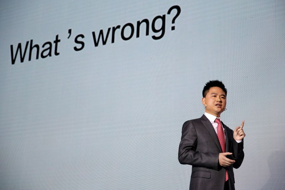 US 'Tech War' Against China Is Almost Killing a $20B Smartphone Maker