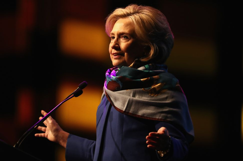Right Wing Conspiracy Theorists Obsess Over Hillary Clinton's Health and Scarf Choice