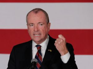 Murphy Vows to Cut State Budget If Legislature Won't Budge