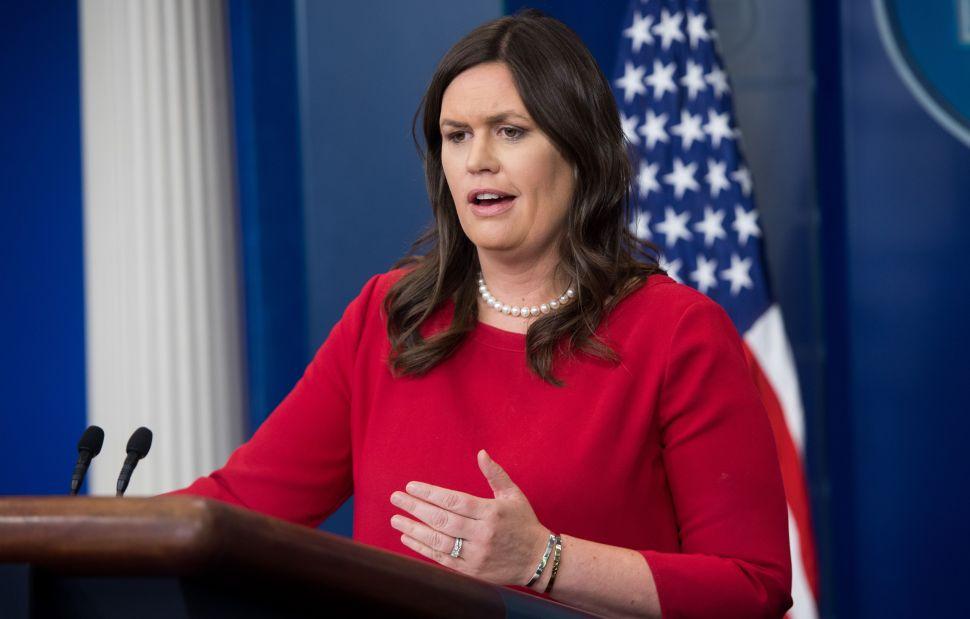 Sarah Huckabee Sanders' Red Hen Saga Inspires Yelp Trolling, GoFundMe Drive