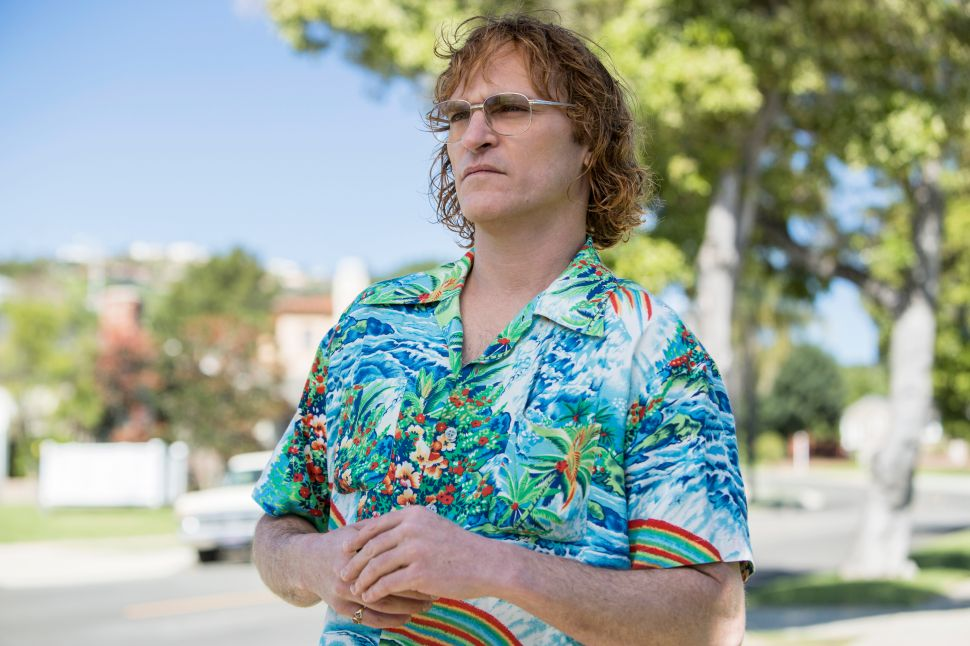 Joaquin Phoenix Is Restrained and Exacting in 'Don't Worry, He Won't Get Far on Foot'