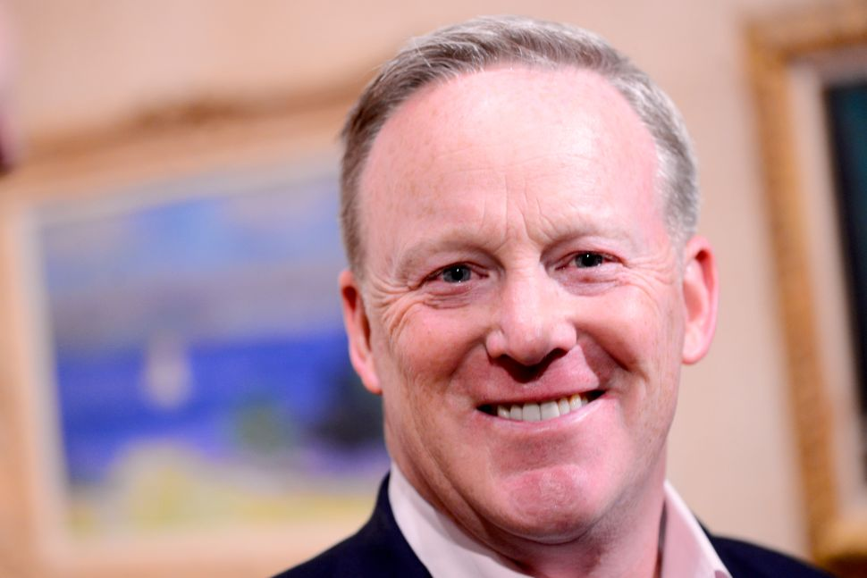 Sean Spicer's Book Isn't Doing So Hot in Amazon's Pre-Sales