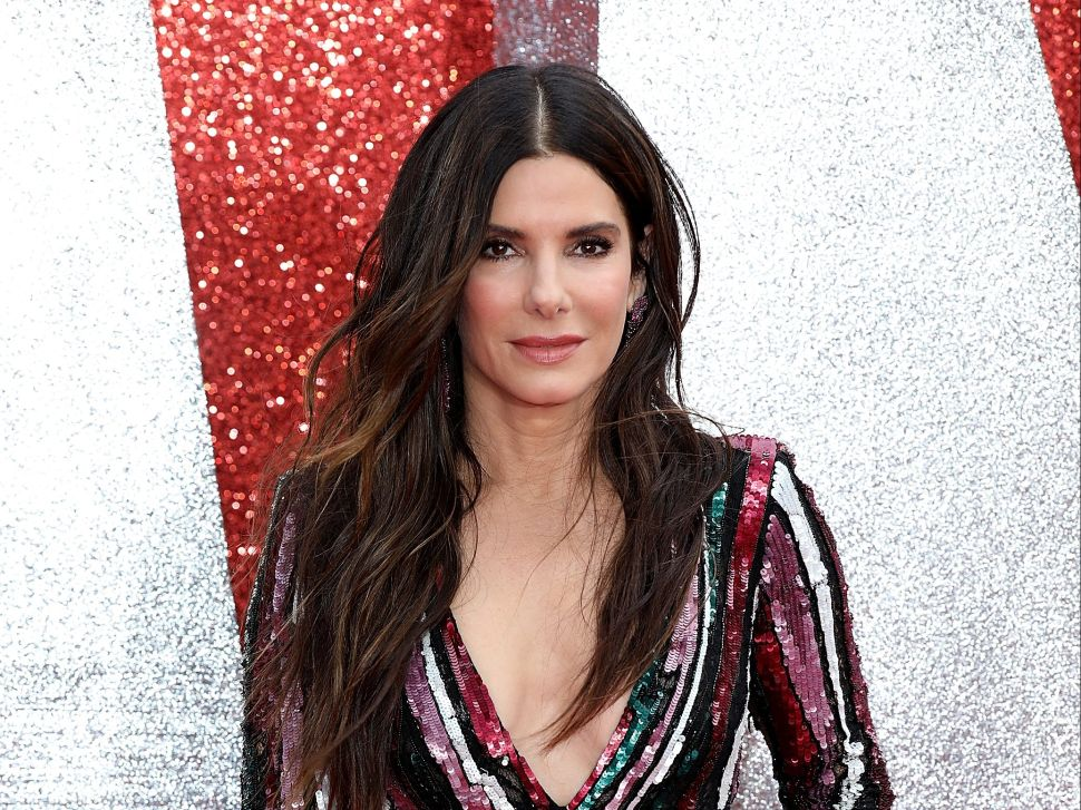 Sandra Bullock Wants a Speedy Sale at Her West Hollywood Bungalow