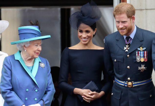 queen elizabeth, prince harry meghan markle