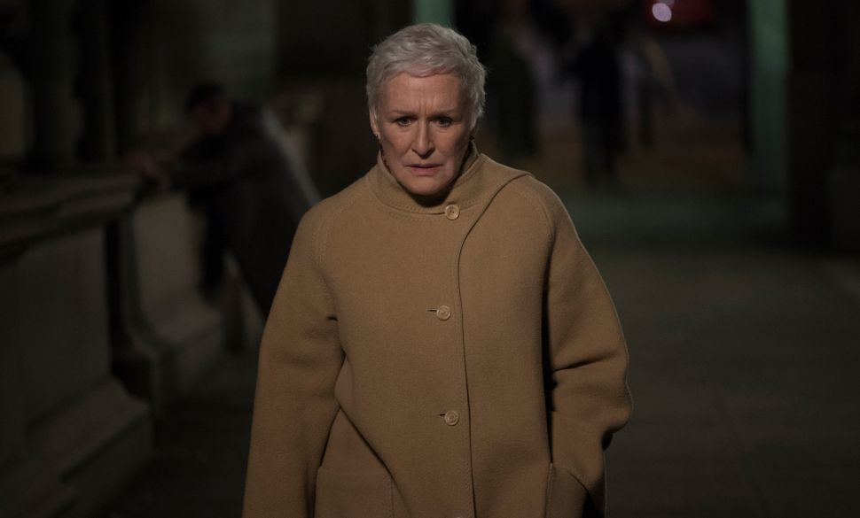 Glenn Close Is Perfect Without Trying