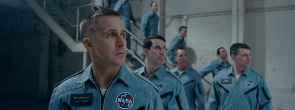 What Critics Are Saying About Ryan Gosling's 'First Man'