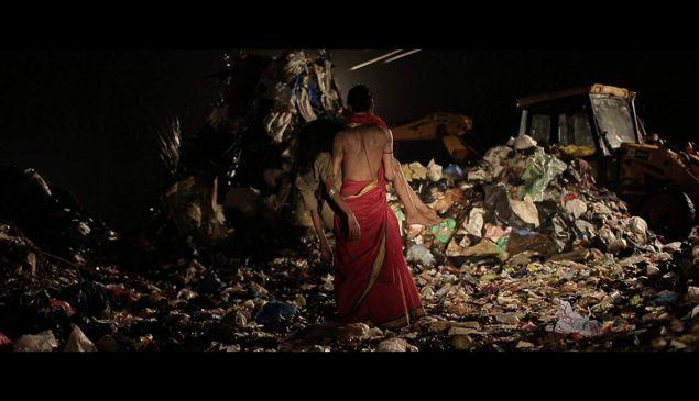 Netflix Stock 'Garbage' Film India Expansion