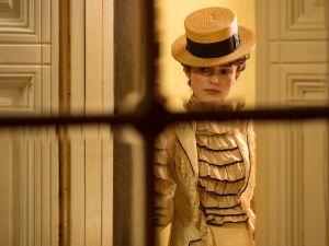 2114_COLETTE_R_CROP Keira Knightley stars as Colette in COLETTE, a Bleecker Street release.