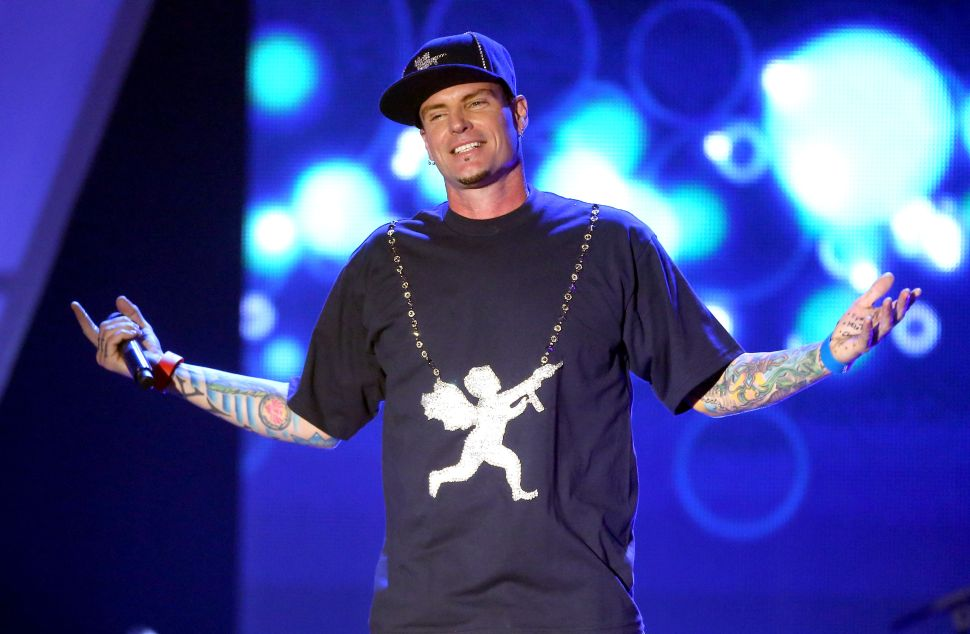 Vanilla Ice Was Among Those Trapped on the Quarantined 'Flu Plane' From Dubai