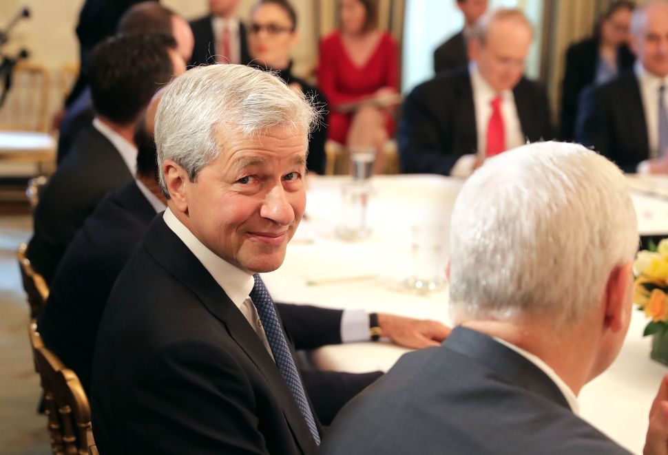 JPMorgan CEO Jamie Dimon Claims He Could 'Beat Trump' in a Presidential Election