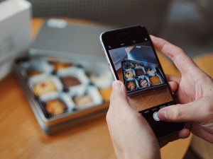 Instagram isn't the only smartphone app craving your food pics.