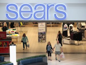 Sears closes 142 stores