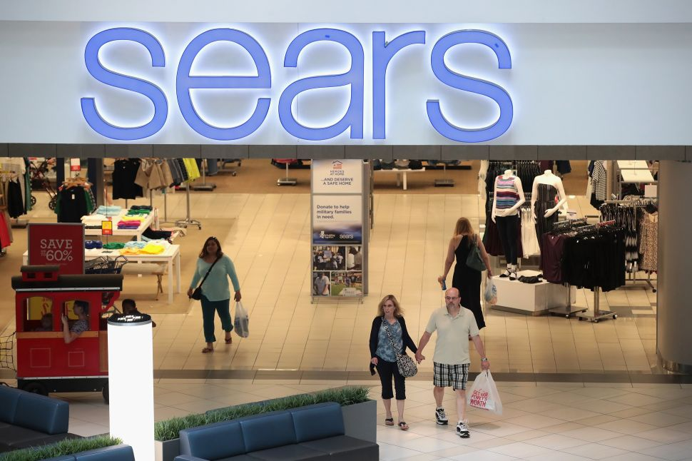 Sears Bankruptcy: Full Store Closing List & What Will Happen to Its Signature Brands