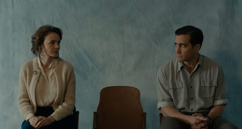 Paul Dano's 'Wildlife' Is About Adultery and a Forest Fire, But It's a Slow Burn