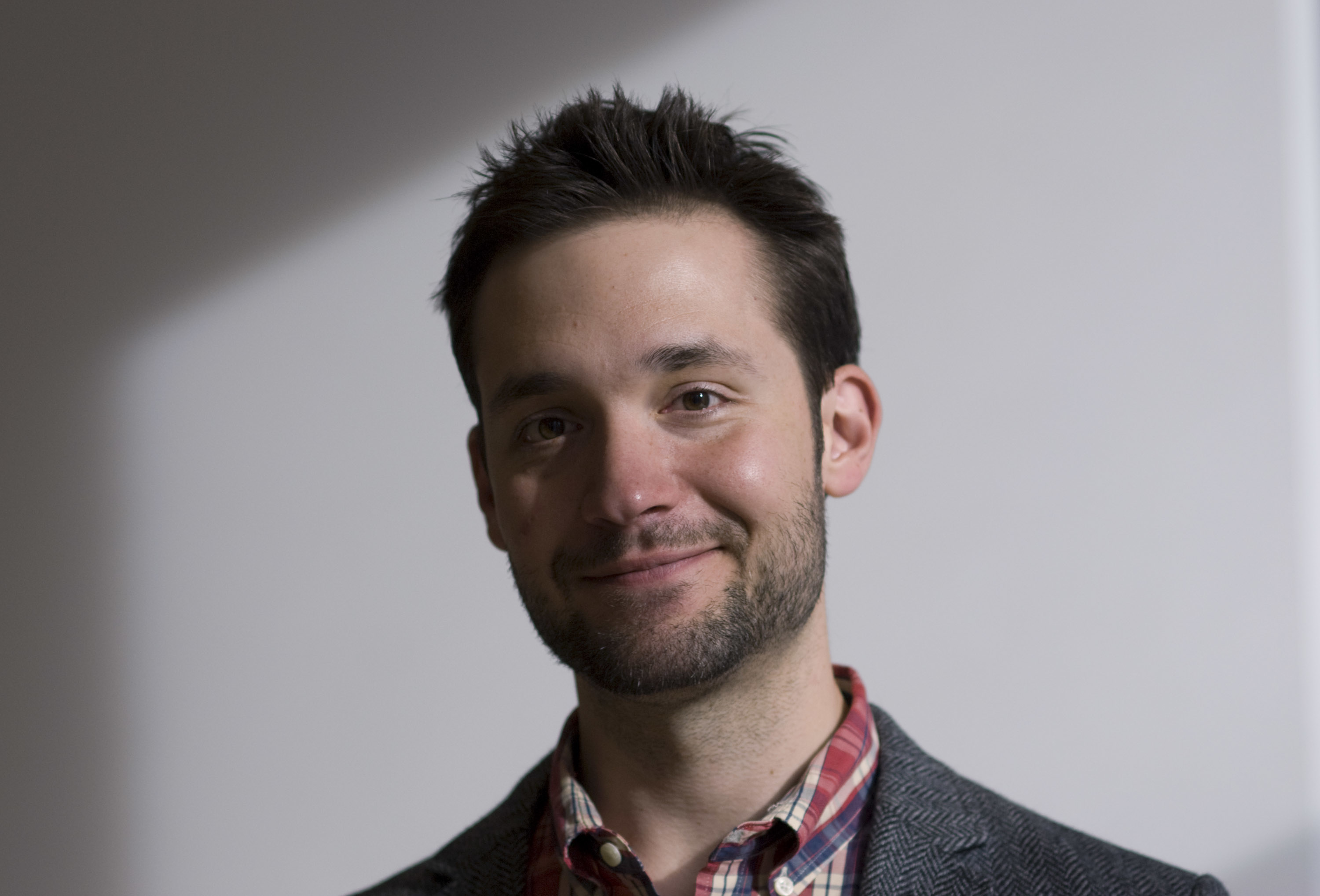 Alexis Ohanian Reveals How He Built Reddit Without A Computer Degree Observer