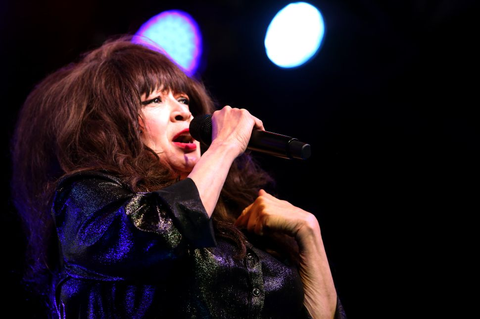 Phil Spector Once Gave His Wife Ronnie Spector Adopted Twins Without Asking Her
