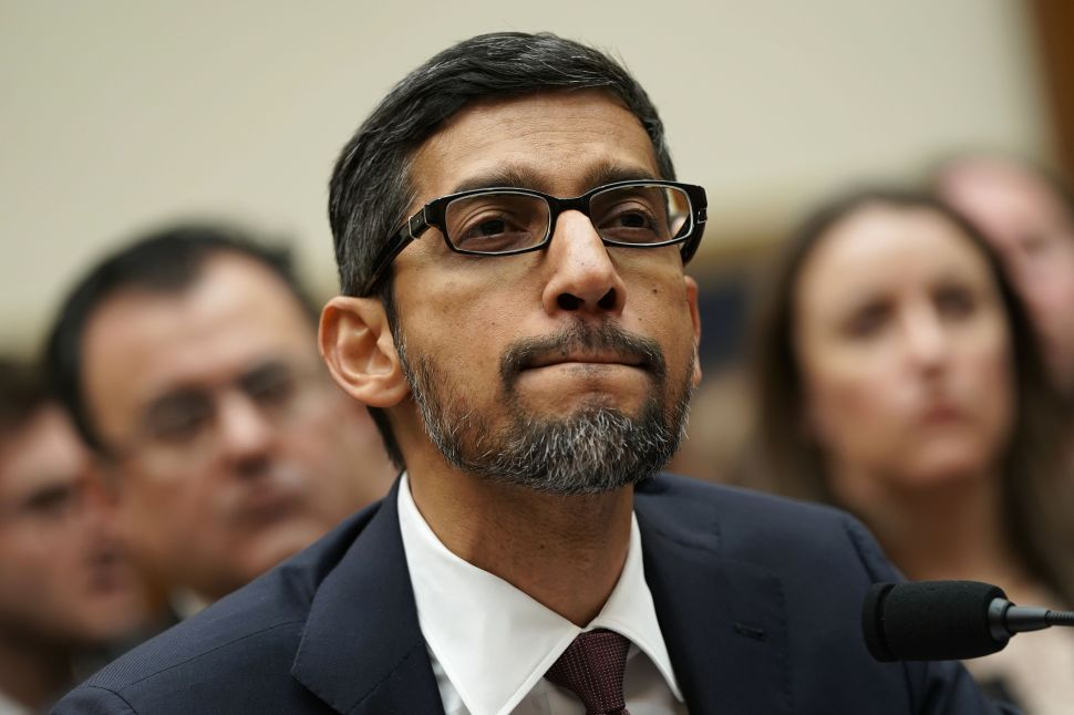 Google Employee Says CEO's China Comment at Congressional Hearing Was 'Horse Shit'