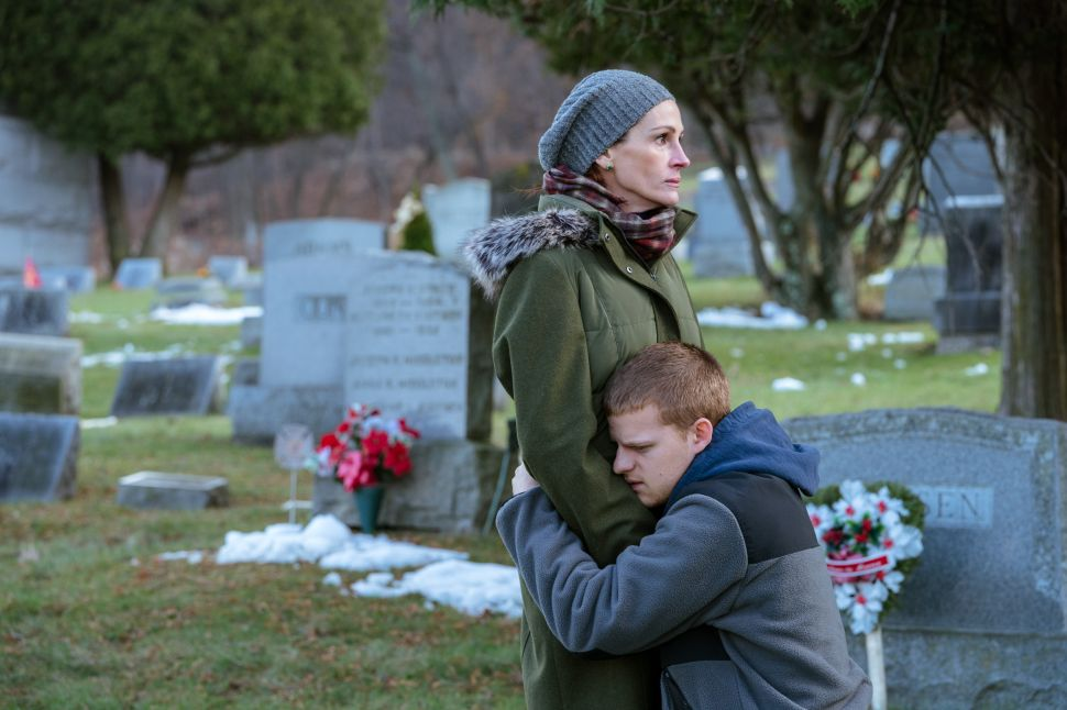 Lucas Hedges and His Director Dad Ruin Julia Roberts' Christmas in the Harrowing 'Ben Is Back'