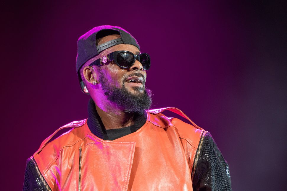 Despite Death Threats, R. Kelly's Critics and Accusers Refuse to Be Silenced