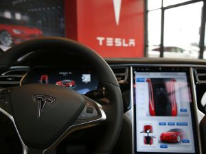 Tesla's driver assistance system is not designed for fully autonomous driving.