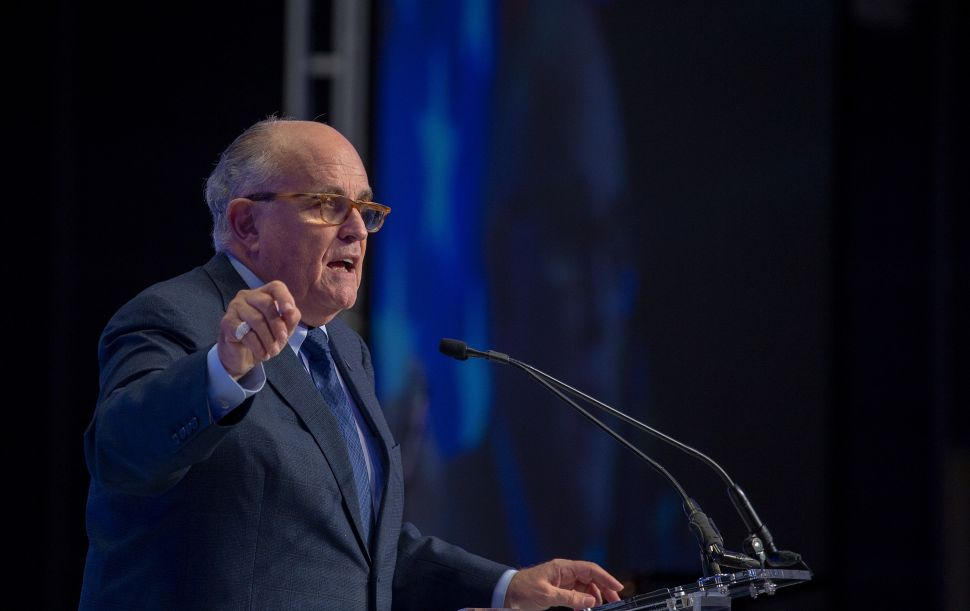 Rudy Giuliani Can't Stop Flaunting His 'Highly Unusual' Talks With Paul Manafort's Lawyers
