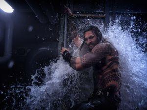 Aquaman Jason Momoa Ben Affleck Henry Cavill DCEU