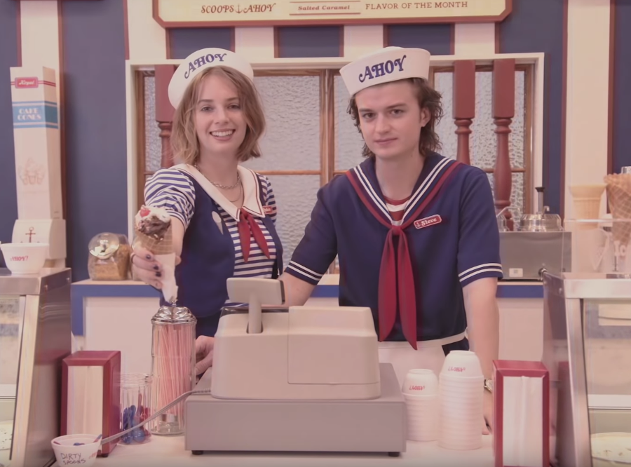'Stranger Things' Season 3 Will Pay Tribute to the Golden Days of the American Mall