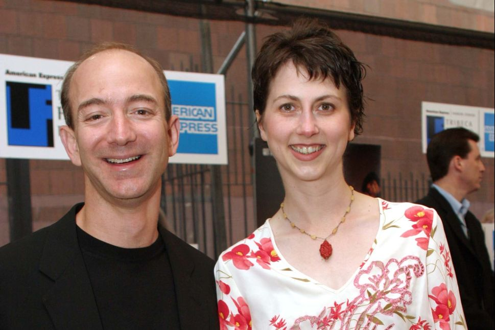 MacKenzie Bezos Recounts Early Days With Jeff Bezos and Amazon in 1-Star Book Review