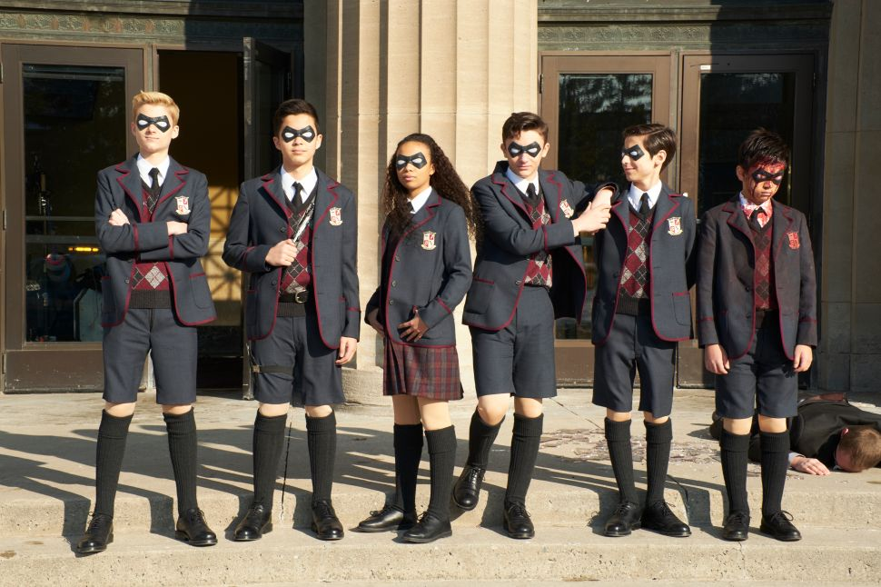 Netflix's New Superhero Series 'The Umbrella Academy' Is at the Head of Its Class
