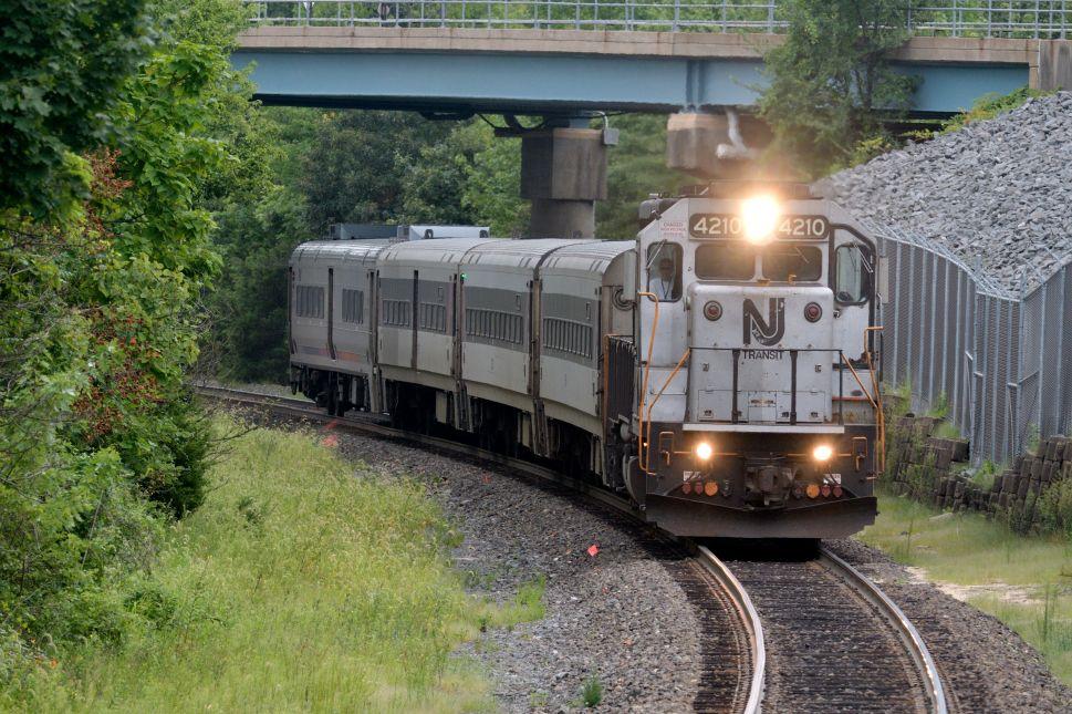 NJ Politics Digest: Feds Refuse Blame for NJ Transit Woes