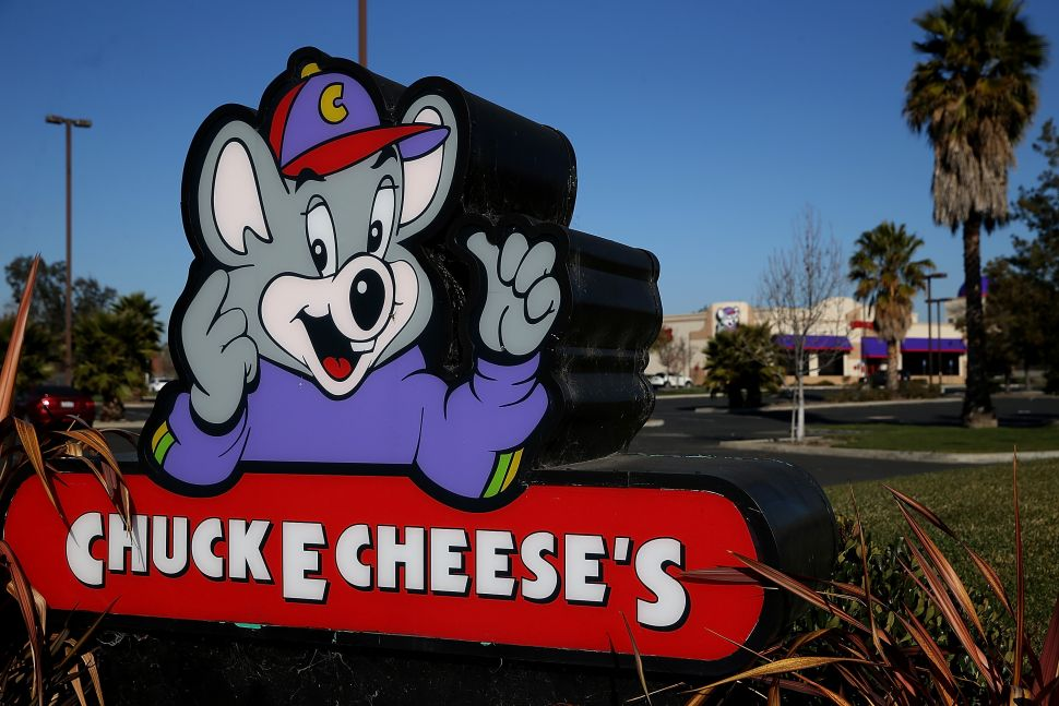 No, Chuck E. Cheese Is Not Reusing Your Uneaten Pizza
