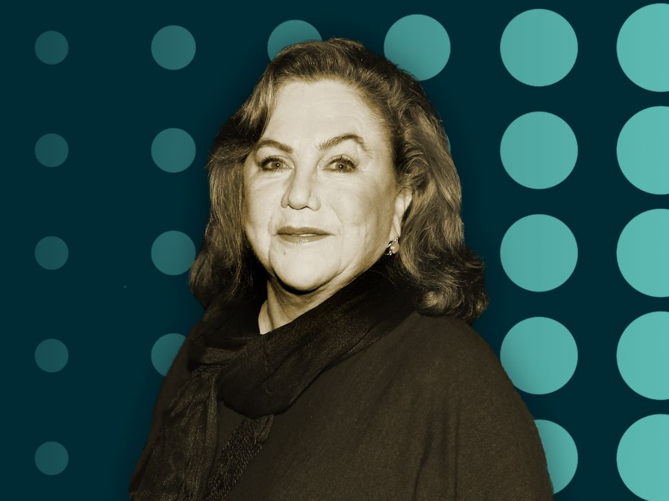 Kathleen Turner Explains the Difference Between Acting in Opera and on Broadway