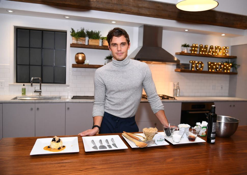 'Queer Eye' Star Antoni Porowski Describes the First Meal He Cooked for His Boyfriend