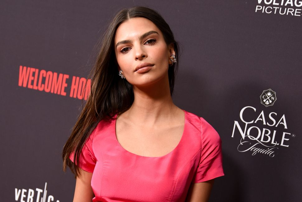 Emily Ratajkowski Is Defending Her Husband Against Claims That He's Not Paying Rent