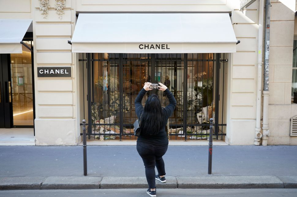Despite Losing Karl Lagerfeld, Chanel Is Winning From a Juicy Side Hustle