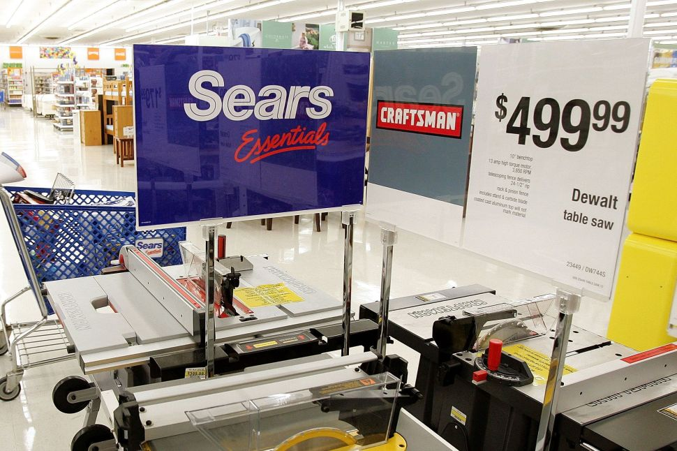 A Month After Surviving Bankruptcy, Sears Returns to Court Over a Fresh Lawsuit