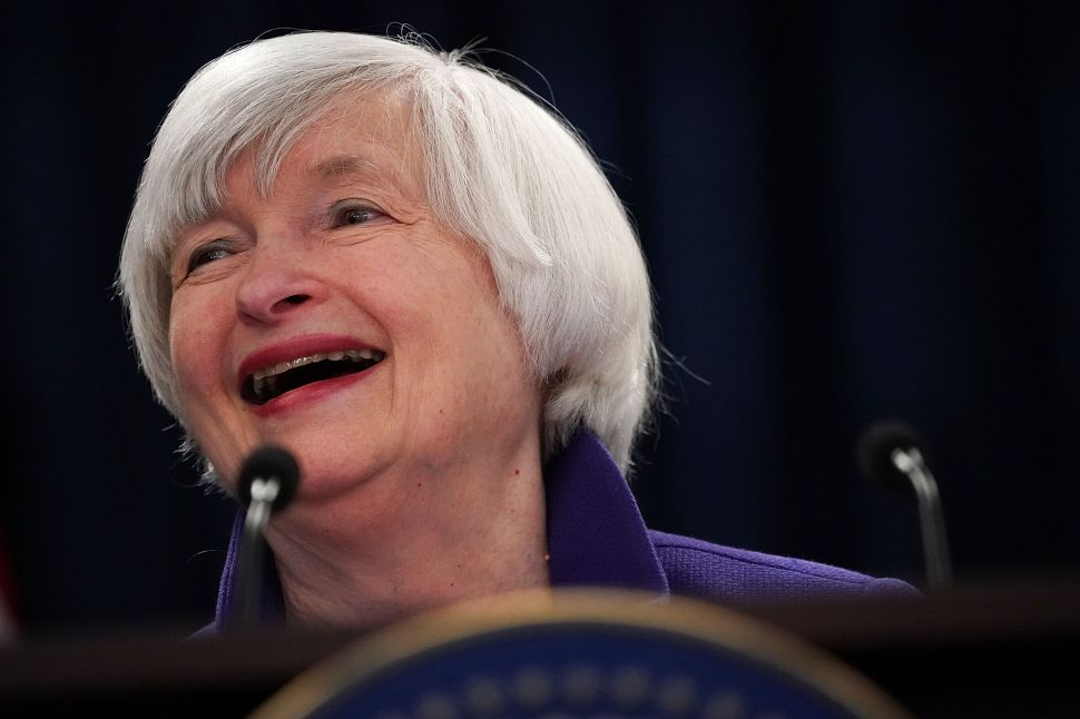 Ex-Fed Chair Janet Yellen on Inverted Yield Curve: Not a Sign of Recession