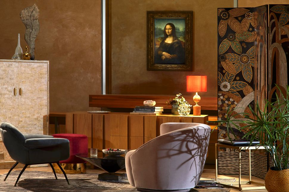 Live Like You Own the Mona Lisa: Airbnb Offers a Night Alone in the Louvre