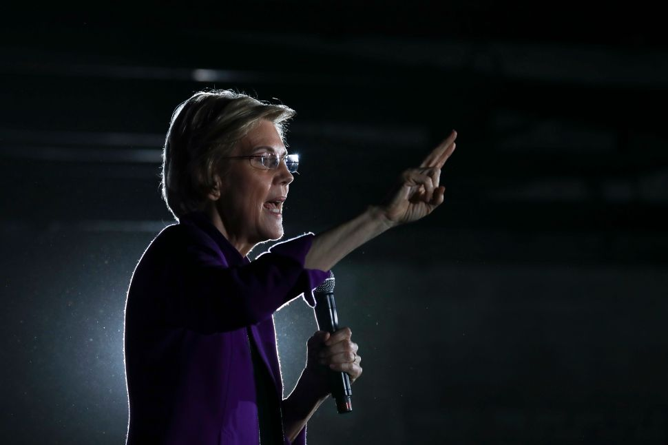 Washington Post Calls Elizabeth Warren's Free College Policy the 'Wrong Answer'