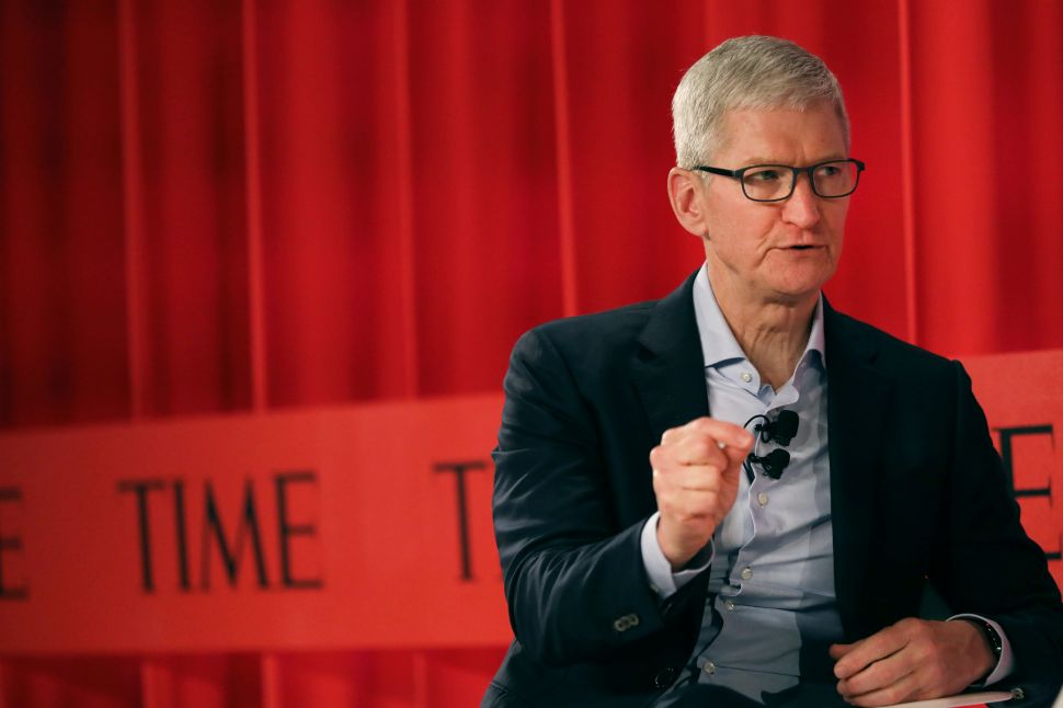 Apple CEO Tim Cook Wants You to Put Your iPhone Away