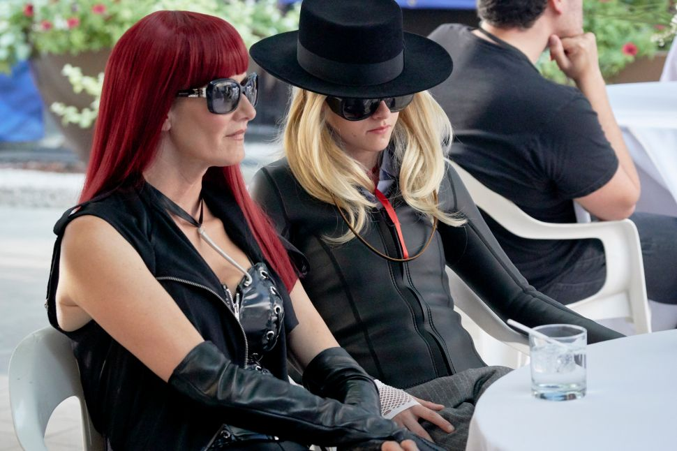 Kristen Stewart and Laura Dern Will Confuse the Hell Out of You in 'J.T. LeRoy'