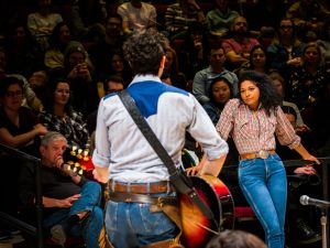 Damon Daunno & Rebecca Naomi Jones in Oklahoma!