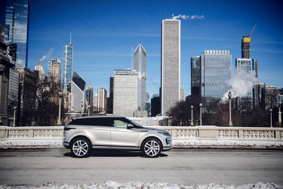 The 2020 Range Rover Evoque Goes Electric for Europe, While the US Gets a 'Mild Hybrid'