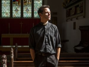 Andrew Scott as the Priest in 'Fleabag.'