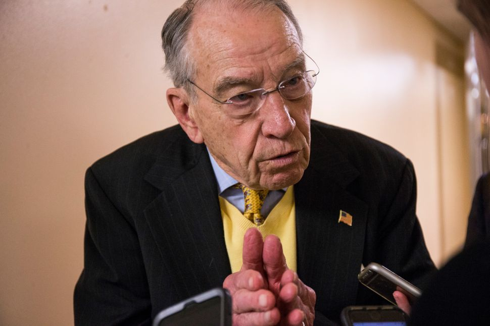 Chuck Grassley and Sarah Sanders Spar Over Whether or Not Trump Has Tariff Authority