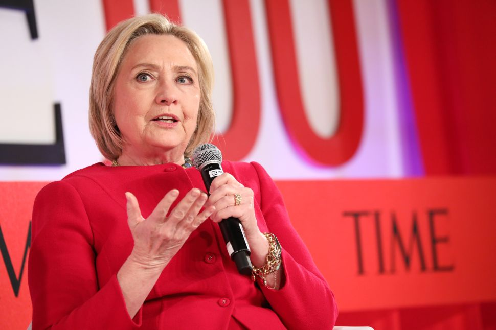Hillary Clinton Warns 2020 Democrats They Could Lose Election to Hacking