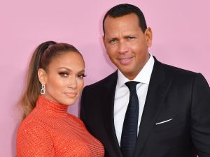 Jennifer Lopez and Alex Rodriguez sell new york apartment
