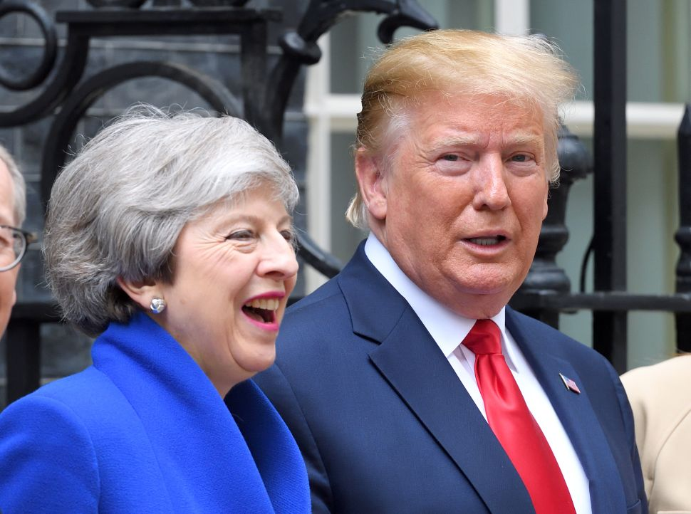 Trump Says US and Britain Will Work Out Differences Over Huawei