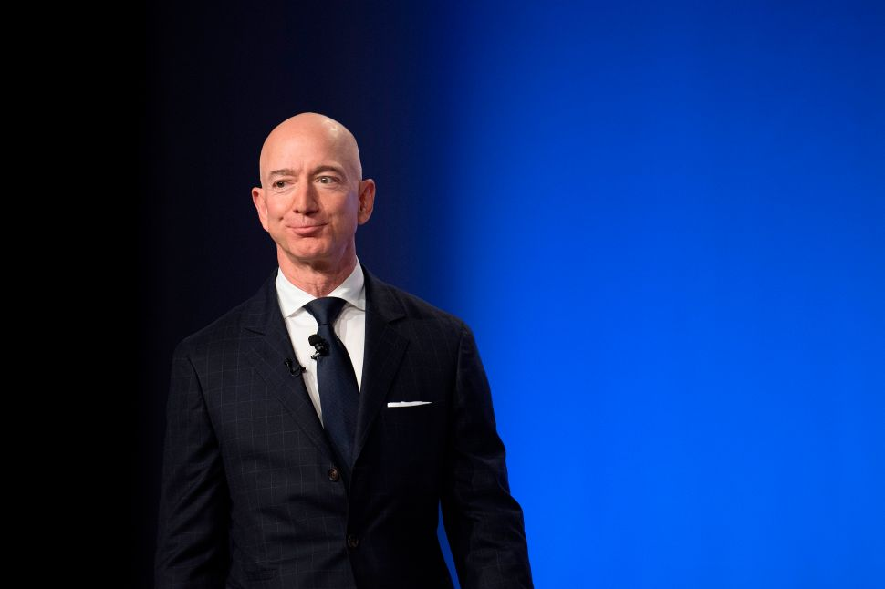Amazon Bulls Turn a Blind Eye to Antitrust Risk—Despite US Zeroing in on Big Tech