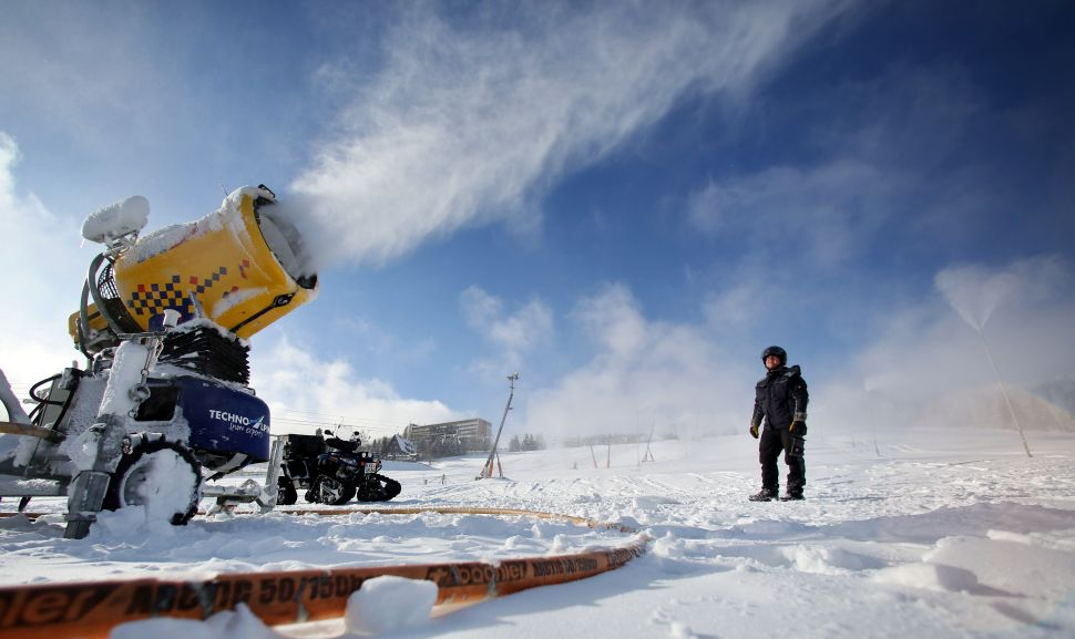 Can Giant Snow-Blowing Cannons Save the Earth From Climate Change?